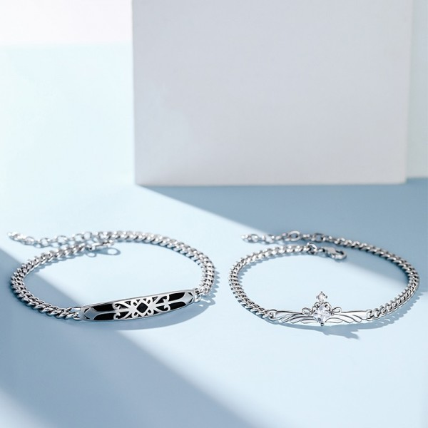 Engravable Princess And Knight Bracelets For Couples In Sterling Silver