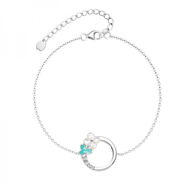 Unique Flowers Bracelet For Womens In Sterling Silver