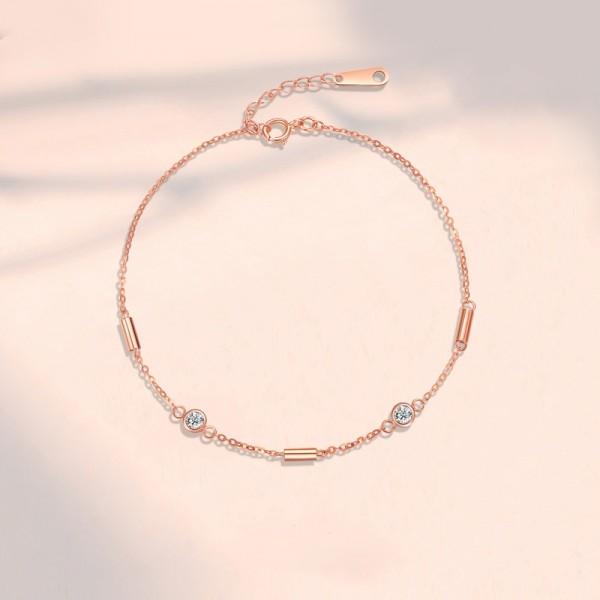 Simple Rose Charm Bracelet For Women In 18K Gold