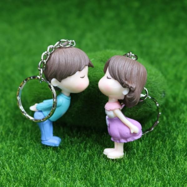 Cute PVC Kissing Couple Doll Keychains