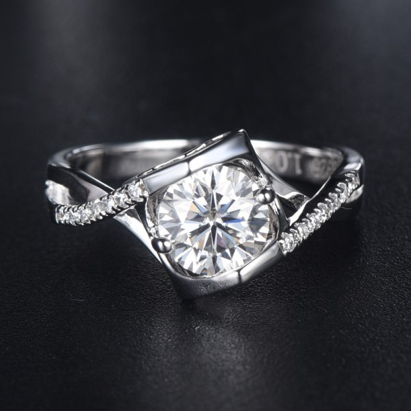 Engravable Solitaire with Side Accent Slant Promise Ring For Women In Sterling Silver