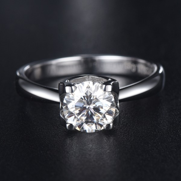 Engravable Solitaire Moissanite Promise Ring For Women In Sterling Silver