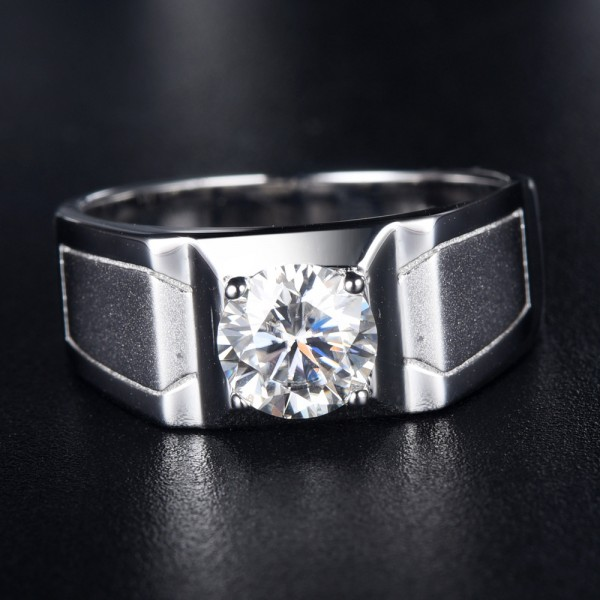 Engravable Solitaire 1ct Moissanite Promise Ring For Men In Sterling Silver