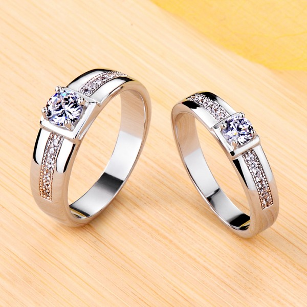 Engravable Solitaire with Side Accent Moissanite Couple Wedding Rings In Silver