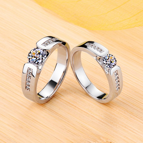 Engravable Solitaire with Side Accent Moissanite Wedding Rings For Couples In Silver
