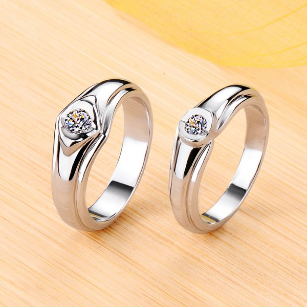 Personalized Solitaire Moissanite Wedding Bands For Couples In Silver