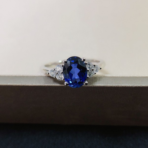 Engravable Oval Cut 1.5 Ct Blue Sapphire Cluster Promise Ring For Her In Sterling Silver