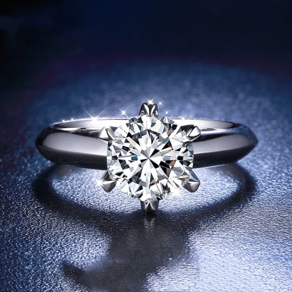 Round Cut 1 Carat tw Solitaire Moissanite Engagement Rings In Sterling Silver