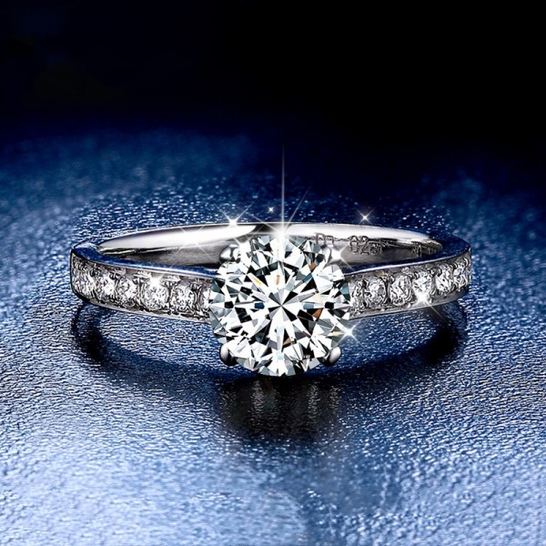 Round Cut 1 Carat tw Solitaire With Side Accent Moissanite Engagement Rings In 18K White Gold