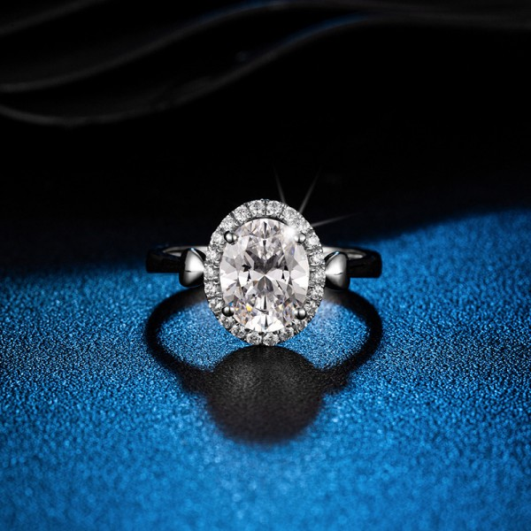 Engravable Marquise Cut 2.5 Carat tw Halo Womens Moissanite Rings In 18K Gold